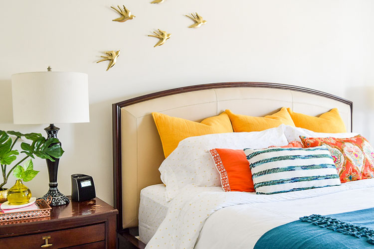 How To Arrange King Size Bed Pillows - Casa Watkins Living